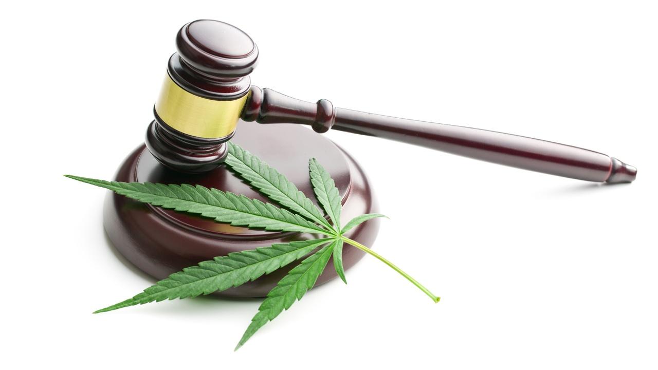 legal_weed.jpg